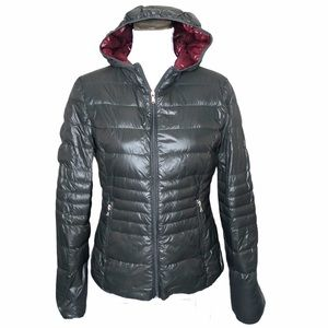 Halifax Traders Light weight down hooded jacket